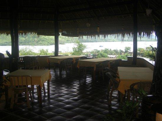 Casa Rosa Taytay: Restaurant with views