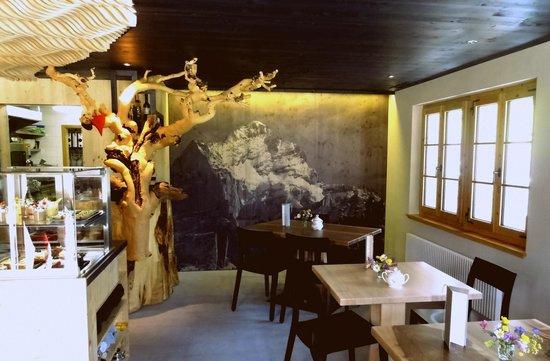 Cafe 3692: The interior