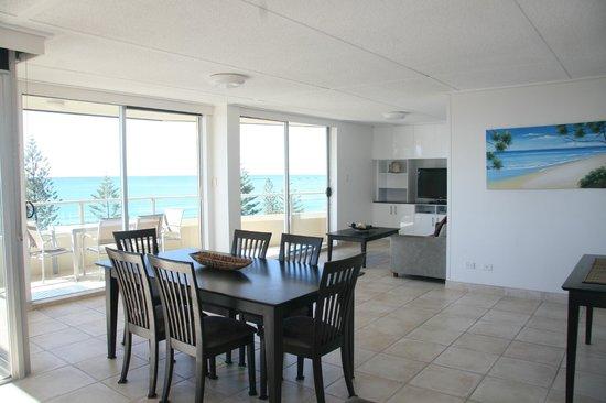 Wyuna Beachfront Holiday Apartments: Panoramic Ocean View Apartment