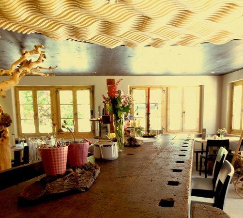 Cafe 3692: The bar