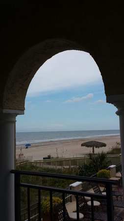 The Lodge and Club at Ponte Vedra Beach: Side of the ocean front balcony of room by the pool.