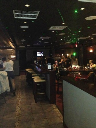 Tolento's Ice House Grille: The place to be!