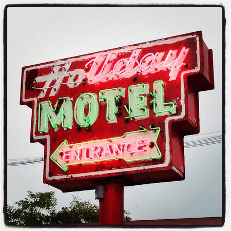 Holiday Music Motel: The Holiday is GREAT!