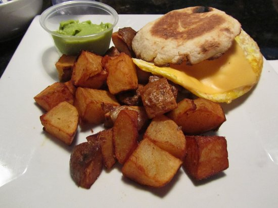 Eats Cafe: Egg Sanwich with home Fries