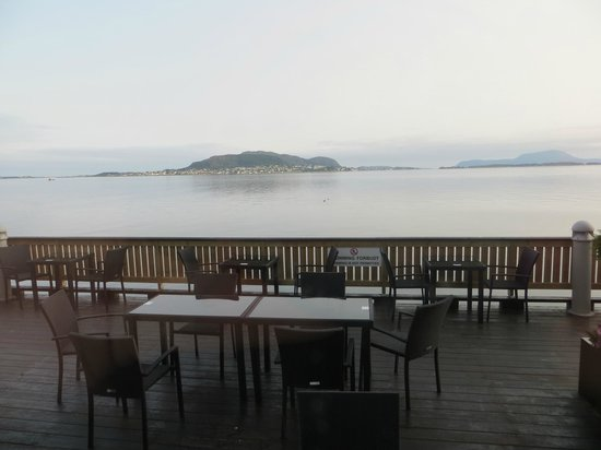 Radisson Blu Hotel Alesund: view from the breakfast room