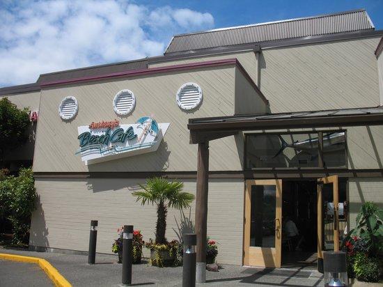 Edmonds Anthony S Beach Cafe