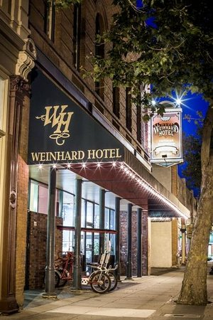 The Weinhard Hotel: Main Street, Dayton WA