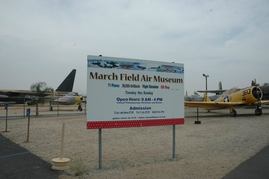 March Field Air Museum: Sign