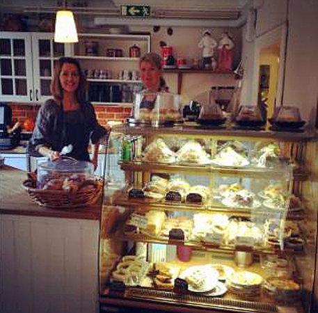 Mormors Olgas Cafe: Lisa and Åsa welcomes you!
