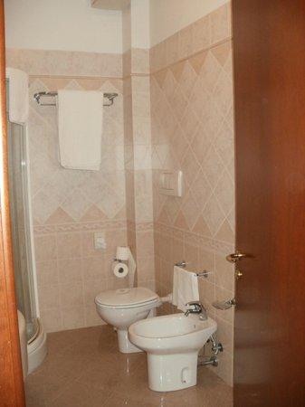 Hotel Le Ville : bagno