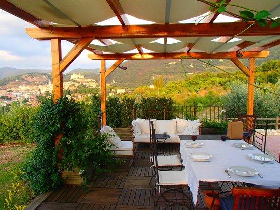 Il Sogno : The pagoda with views over Spoleto