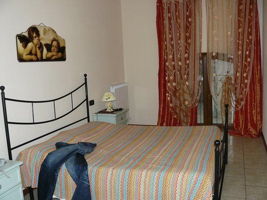 Agriturismo Il Melograno : Bedroom