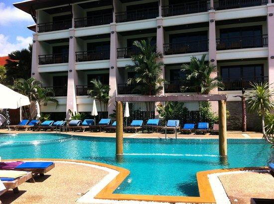 Aonang Orchid Resort: Pool area