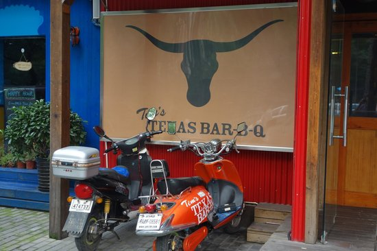 Tim's Texas Bar-B-Q: Looks like they deliver