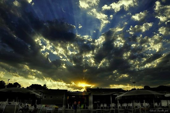 Villapiana, อิตาลี: Lido Calypso al tramonto!!!