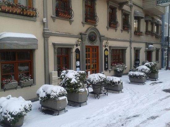 Celal Sultan Hotel: Snowy istanbul