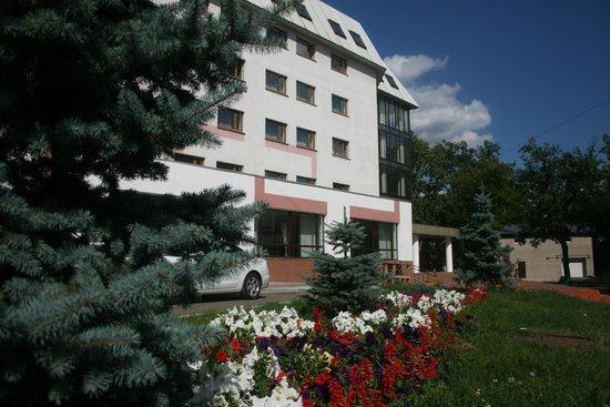 Hotel Luch : Вид на отель