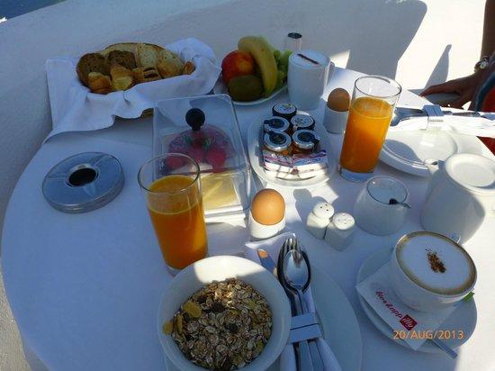 Ikies - Traditional Houses: Breakfast