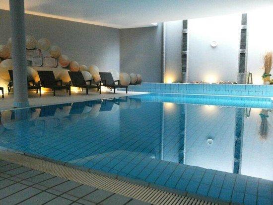 Alp Cron Moarhof Hotel: piscina