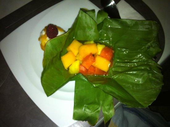 Le Bee Mai : Salat de fruit mit ingwer eis