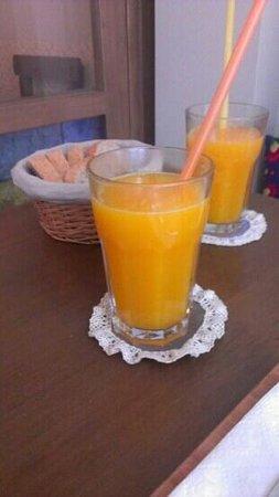 Ufak Tefek Seyler & Kafe: Orange juice
