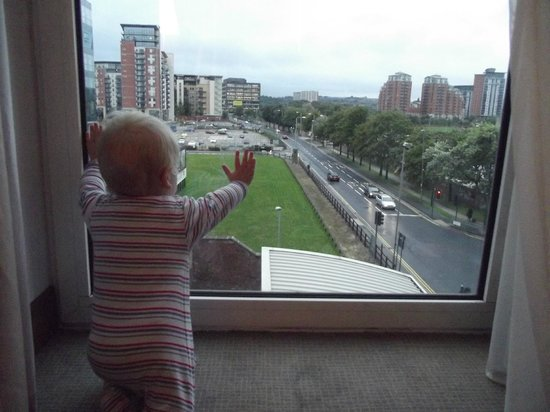 Novotel Leeds Centre: Our son liked the view from the room