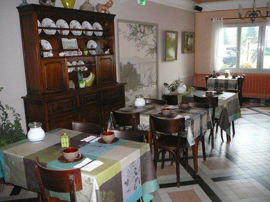 Hotel Au Soleil d'Or : Salle des petits déjeuners