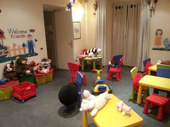 Villa Firenze: Zona bambini a piano terra