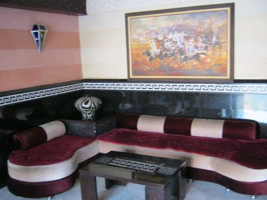 Hotel Almas: Lobby 2