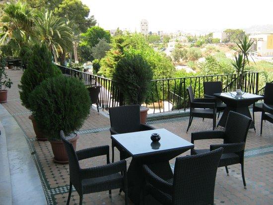 Menzeh Zalagh Hotel : Balcony