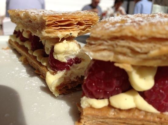 Cafe Marly: melt in the mouth Mille Feuille