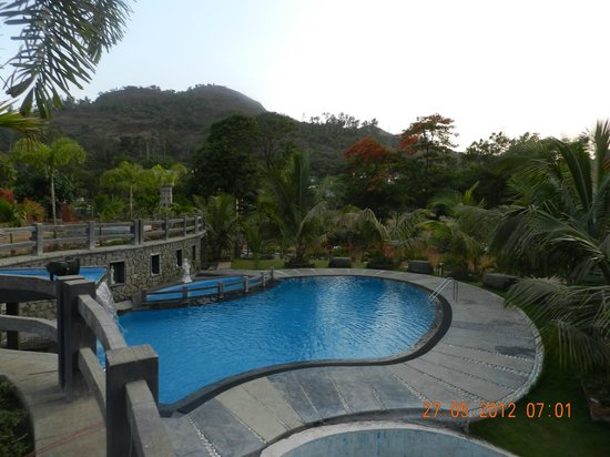 Mystica resort khandala maharashtra hotel reviews photos rate comparison tripadvisor for Resorts in khandala with swimming pool