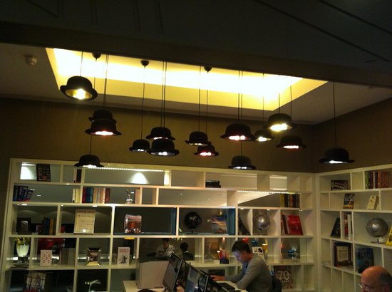 Pullman London St Pancras : library