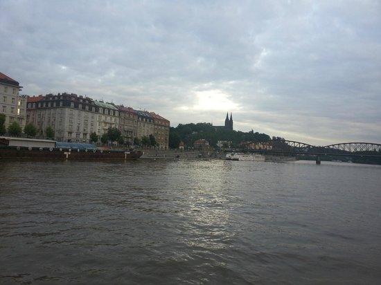 Conocer Praga Tours privados y Excursiones: Praga desde el rio