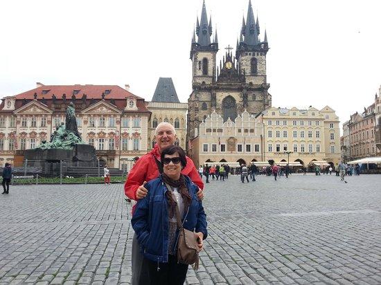 Conocer Praga Tours privados y Excursiones: La misma foto que nos echó Marketa, desde mas lejos.