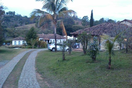 Itapecerica: Caminho para Hotel