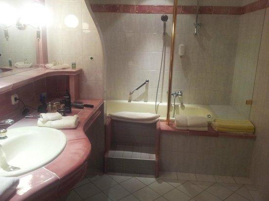 Der Lärchenhof: das Bad