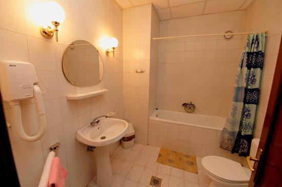 Severnaya Hotel: Ванная