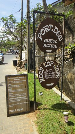Fort Dew Guest House : on entering