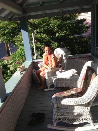 Oak Bluffs Inn: The porch