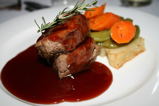 Nedile Lodge: Dinner