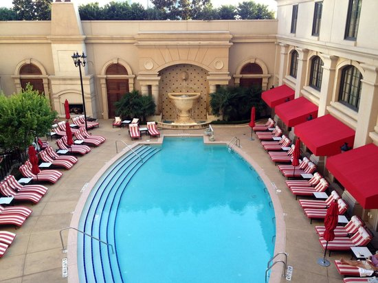 The St. Regis Atlanta: Pool