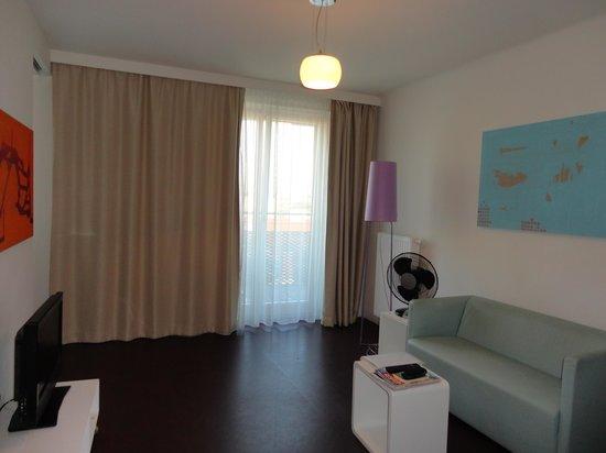 STANYS Das Apartmenthotel: livingroom