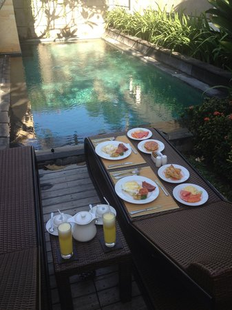Nyuh Bali Villas: Breakfast