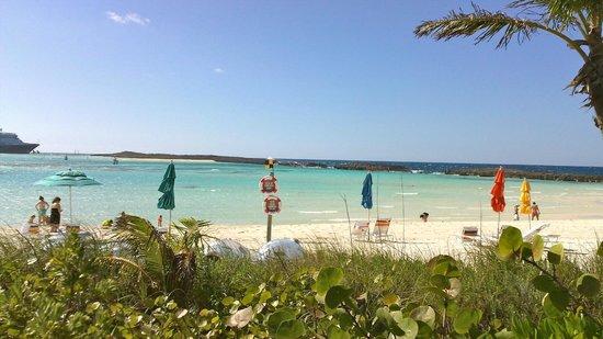 Castaway Cay: cabana beach