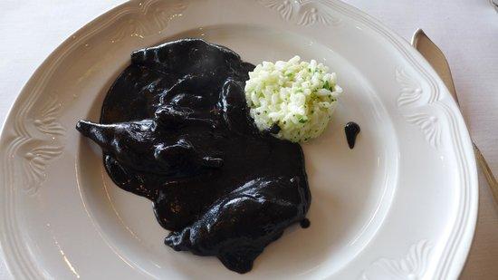 Andra Mari Restaurant : Cuttlefish in ink
