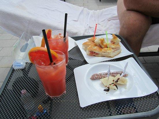 Park Hotel Argento : Garibaldi cocktail & snacks