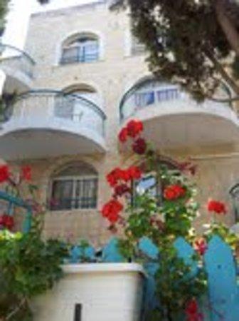 Eden Jerusalem Hotel: Eden Hotel entrance