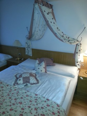 Chalet Hotel Hartmann - Adults Only: il letto matrimoniale