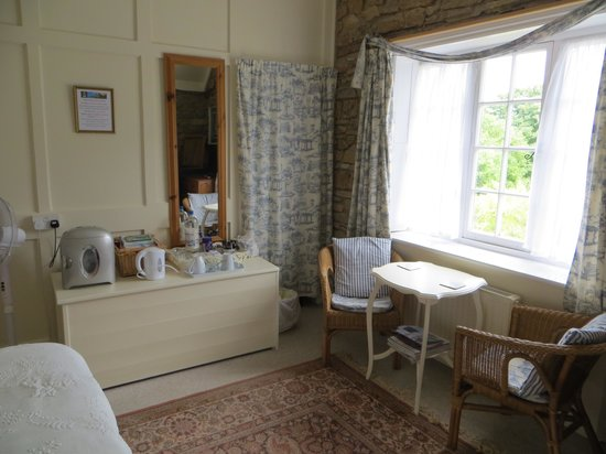 The Old School House - Studland: The bedroom